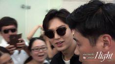 VIDEO |  By: 1Light |   28 July 2016 (Thursday) |   #ActorLeeMinHo #LeeMinHo | Depart #KOREA | Incheon #Airport | To #LA | FOR #KCON |  Period: 29-31 July 2016 |  Lee Min Ho 20160728 Incheon Airport 미국 출국  |  Viewer No. 1518