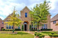 Laura Morin with RE/MAX DFW Associates: 12163 Settlers Knoll Trail, Frisco, TX 75035 | rmdfw.com | MLS ID 13141607