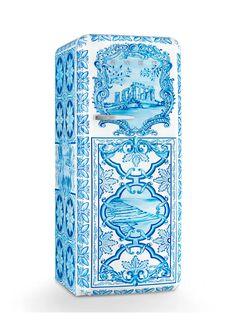 Smeg Dolce & Gabbana x SMEG Majolica Refrigerator - Bergdorf Goodman Kitchen Appliances Brands, Painted Appliances, Vegetable Drawer, Freestanding Fridge, Decoration Stickers, Energy Star, Williams Sonoma, Glass Shelves, Tile Patterns