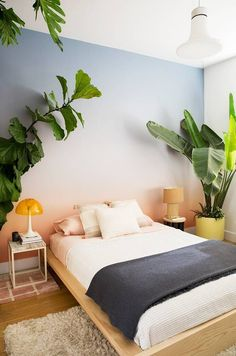 Jenny Kaplan Home Tour Vertical Bed . Love the wallpaper. Same look using paint?