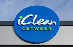 LED gevelreclame iClean Carwash | ontwikkeling, design en plaatsing door API Signs & Displays