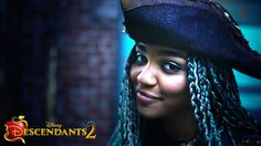 Check out the newest characters from Descendants Thomas Doherty as the son of Captain Hook, Dylan Playfair as the son of Gaston and China. Disney Channel Descendants 2, Descendants Wicked World, Descendants Cast, Descendants Characters, Drizella Tremaine, Zachary Gibson, Dianne Doan, Kenny Ortega, Cheyenne Jackson