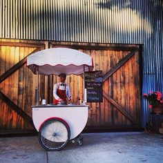 Retro Ice Cream Carts - Bianco Latte. Wedding ideas