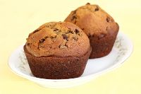 Sourdough Pumpkin Chocolate Chip Muffins-- Prep at least 12 hours in advance Healthy Muffin Recipes, Healthy Muffins, Donut Recipes, Real Food Recipes, Healthy Food, Sourdough Recipes, Sourdough Bread, Bread Recipes, Friendship Bread Recipe