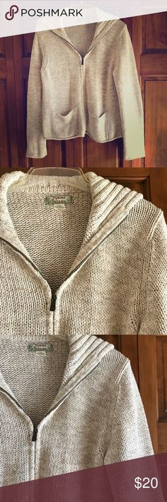 Tommy Bahama Nautical Style Sweater Beautiful heathered beige sweater with Zipper, front pockets and shawl collar.  In good all over condition with no staining.  Great Tommy Bahama quality.  Please let me know if measurements are needed! Tommy Bahama Sweaters Cardigans