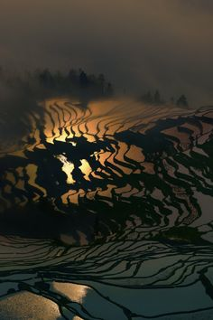 Reflections, Yunnan, China, by Thierry Bornier, 500px.(Trimming)