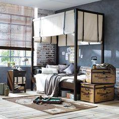 Traveler bedroom