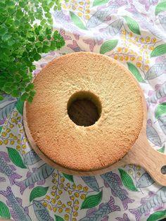 shiffon cake♡ 東洋由来の自然哲学 五行説にならい、青 赤 黄 白 黒 の植物由来成分の入ったシフォンケーキ。