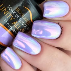 How gorgeous are these mermaid nails?! More details on the blog