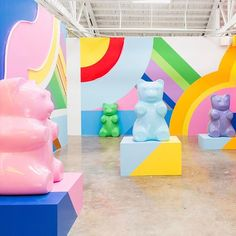After seeing pictures of Los Angeles that was already dying to go, now but the Museum Ice Cream or the Ice Cream Museum, my desire h. Ice Cream Museum, Gummy Bears, Mural Art, Candyland, Installation Art, Fun Projects, Cute Wallpapers, Event Design, Color Inspiration