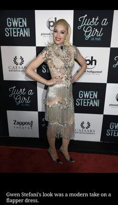 Gwen Stefani, Hollywood, Entertaining, Dresses, Fashion, Vestidos, Moda, Fashion Styles, Dress