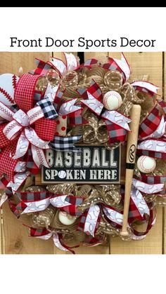 Country Christmas Decorations, Christmas Wreaths To Make, Patriotic Decorations, Holiday Wreaths, Easter Wreaths, Patriotic Wreath, Baseball Wreaths, Sports Wreaths, Wreath Crafts