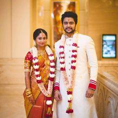 Pink petal with lotus Wedding garland Indian Wedding Flowers, Flower Garland Wedding, Rose Petals Wedding, Silk Wedding Bouquets, Flower Garlands, Wedding Garlands, Wedding Garland Indian, South Indian Weddings, South Indian Bride