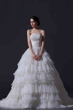 $222.07 Modern Strapless Beaded Lace Applique Chapel Train Wedding Dress