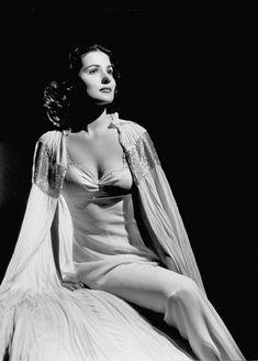 George Hurrell - Brenda Marshall (1940)