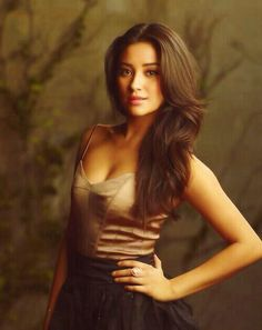 * shay mitchell pretty little liars photoshoot mine! Pretty Little Liars, Emily Fields, Pll, Blond, Portraits, Belle Photo, Pretty Hairstyles, Girl Crushes, Beautiful People