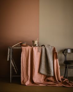 Terracotta kitchen Earth Color Styling with Tina Hellberg Color Inspiration, Interior Inspiration, Warm Colors, Colours, Color Terracota, Deco Rose, Kitchen Wall Colors, Earth Color, House Colors