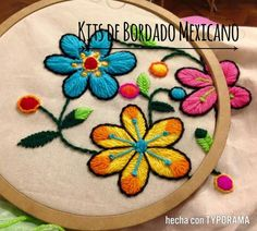 Hand Embroidery Videos, Bead Embroidery Patterns, Hand Embroidery Flowers, Cute Embroidery, Types Of Embroidery, Silk Ribbon Embroidery, Hand Embroidery Designs, Embroidery Techniques, Embroidery Thread