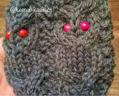 Leenan käsityöt: Pöllösukat ja ohje Drops Design, Knitting Socks, Mittens, Knitting Patterns, Crochet Hats, Slippers, Sewing, Handmade, Handicraft Ideas