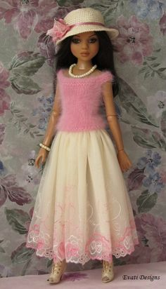 Ellowyne OOAK Outfit by *evati* via eBay SOLD 5/11/14   $152.50
