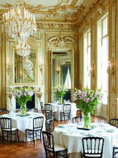 french lifestyle - Beautiful Dining Room