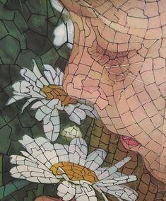 Read how to create a fun mosaic art quilt step-by-step Mosaic Tile Designs, Mosaic Patterns, Mosaic Tiles, Mosaic Flowers, Stained Glass Flowers, Gaudi Mosaic, Mosaic Portrait, Patchwork Quilt Patterns, Mosaic Artwork