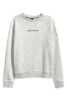 Sweatshirt with motif