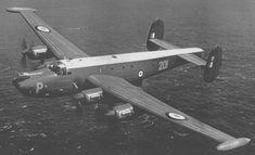 Shackleton Mk3 Plane Photos, Aircraft Photos, Avro Shackleton, Air Force Aircraft, Ww2 Planes, Royal Air Force, Hush Hush, Military Aircraft, Fighter Jets