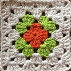 #grannysquareday2015 #crochet #cotton #homedecoration #forthekitchen #grannysquares #greenorange by theknittingginger