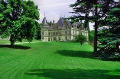 Zamek Pomidora - hotel i piękny park, ale najciekawsze są ogrody, pomidorowe zwane Konserwatorium Pomidora.
