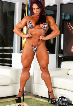 Amber Deluca Female Bodybuilder