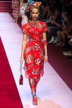 6e2f57ba0c1 Dolce   Gabbana Spring Summer 2018 Ready To Wear
