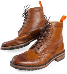 Premium Brogue Boots from Superdry. The soles on these guys are more rugged than your typical wingtip brogue boots. A must have for city dwellers who don't want to compromise style for weather. Me Too Shoes, Men's Shoes, Shoe Boots, Dress Shoes, Botines Casual, Leather Brogues, Men's Leather Boots, Mens Brogue Boots, Wingtip Shoes