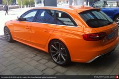 Audi RS4 Avant in Tangerine - The Backside. Want More.