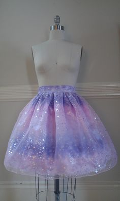 perfect for flipping up the pastel kawaii style by making the skirt the focus