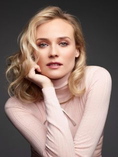 Diane Kruger photographed by Horst Diekgerdes for InStyle Magazine, Fall ♥♥♥ Headshot Poses, Portrait Poses, Female Portrait, Actor Headshots, Diane Kruger, Instyle Magazine, Photography Women, Portrait Photography, Actrices Hollywood