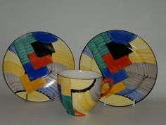 An Art Deco Hand painted trio by Susie Cooper with the Cubist design. British C 1930 Susie Cooper, Clarice Cliff, Rookwood Pottery, Scale Art, Ceramic Design, Art Deco Jewelry, Art Deco Fashion, Geometric Shapes, Art Nouveau