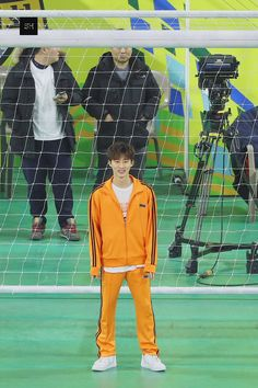 Kim Hanbin Ikon, Chanwoo Ikon, Ikon Leader, Ikon Songs, Yg Artist, Double B, Goalkeeper, Korean Celebrities, Yg Entertainment