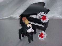 Black Baby Grand Piano Classical Romantic Musical Wedding CakeTopper-2