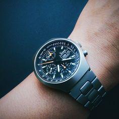 Sinnful Sunday with the @sinn_spezialuhren 157 Ti Ty #titanium #lemania5100 #chronograph #Sinn157 #germanwatches by j0nathanp77