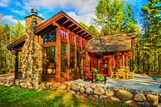 "A cabin in Wisconsin fits these self-proclaimed ""northwoods people"" perfectly. Tiny House Cabin, Log Cabin Homes, Prefab Log Cabins, Lake Cabins, Cabins And Cottages, Cabins In Wisconsin, Modern Log Cabins, Log Home Designs, Rustic Exterior"