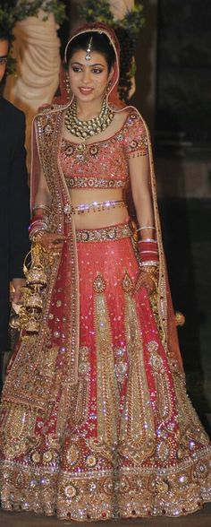 beautifullllll....want this for my wedding :(