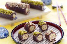 Il banana sushi è un'idea alternativa per far mangiare la frutta ai vostri bambini: un roll di crepes al cacao e Nutella avvolge la banana.