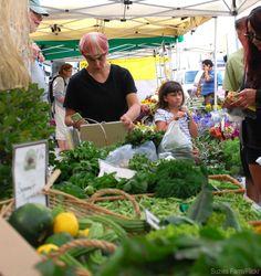 5 Steps to Starting a Rural Farmers' Market - Photo courtesy Suzies Farm/Flickr (HobbyFarms.com)
