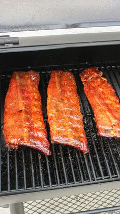 Smoked Meat Recipes, Rib Recipes, Grilling Recipes, Cooking Recipes, Good Food, Yummy Food, Fire Cooking, Campfire Food, New Cookbooks
