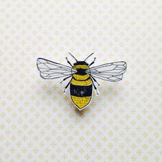 Illustrated bee shrink plastic brooch/pin by StefmadendrawsYou can find Shrink plastic and more on our website.Illustrated bee shrink plastic brooch/pin by Stefmadendraws Shrink Paper, Shrink Plastic Jewelry, Shrink Art, Plastic Earrings, Bee Brooch, Brooch Pin, Shrink Film, Shrinky Dinks, Diy Pins