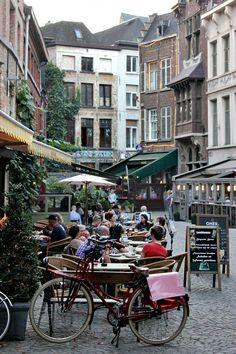 creta:  travelingcolors:  Antwerp, Belgium (by Nacho Coca)   Ahhh