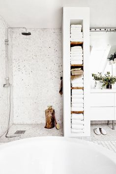 Oracle, Fox, Sunday, Sanctuary, White, Out, White, Interiors, Window, sunlight, bathroom, bakers, tiles