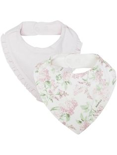 Made from the softest organic cotton feeling extra smooth against baby's delicate skin, this pack of 2 bibs is a handy accessory for parents. Printed all over in a botanical inspired floral pattern with lovely frilly trims around the edges.### Frilly trims Pack of 2 Fabric: 100% CottonWash: 40ºKeep away from fire