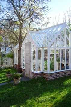 If you're wanting to add a conservatory greenhouse to your current home or office, this information supplies you with loads of inspiring inspiring ideas concerning the right way to get you mother nature. Greenhouse Shed, Small Greenhouse, Greenhouse Gardening, Greenhouse Wedding, Old Window Greenhouse, Greenhouse Film, Indoor Greenhouse, She Sheds, Garden Structures